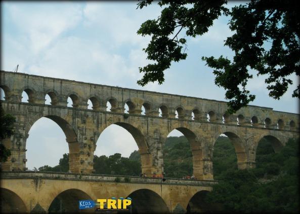 Pont du Gard, outside Avignon, Provence, France